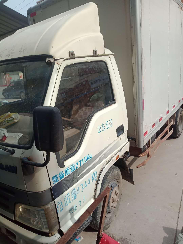 #其他品牌其他 载货车  92匹 2011年05月 4x2