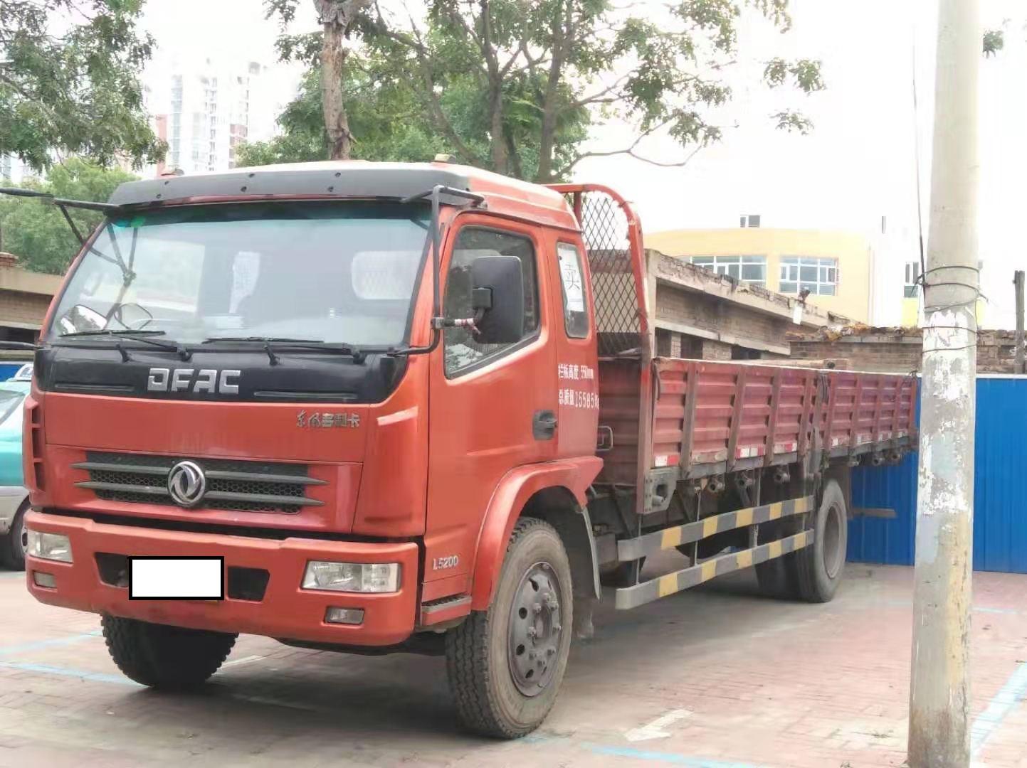 東風多利卡多利卡D8 載貨車  143匹 2013年11月 4x2